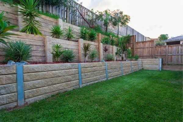 retaining walls Knoxville